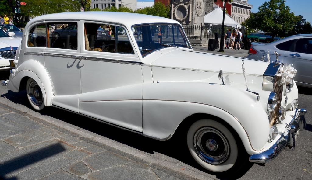 vine rolls royce wedding cars limousines